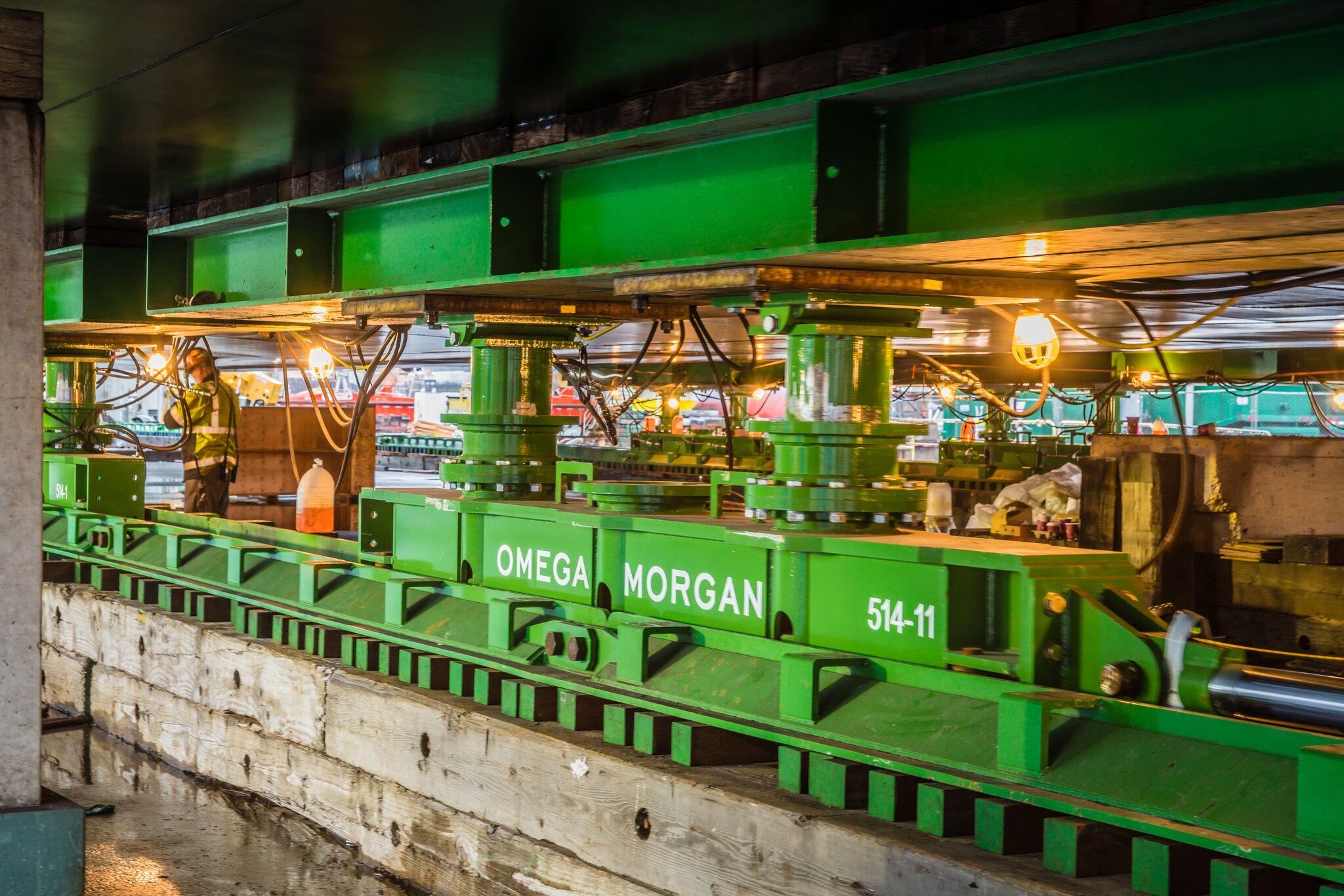 underneath the Omega Morgan heavy slide system under barge