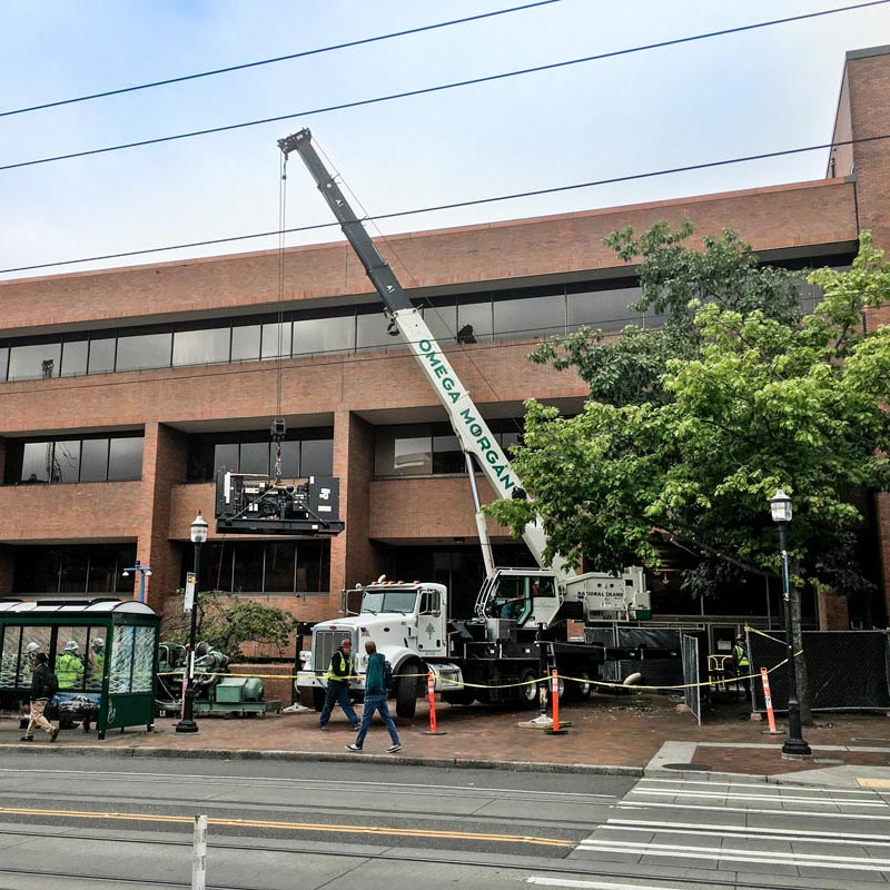 Omega Morgan machinery moving operation to replace a generator at Seattle Central College