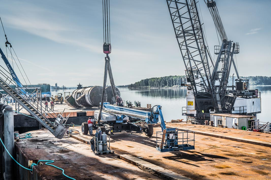 Omega Morgan Millwright crew and equipment on the dock at Kalama Export