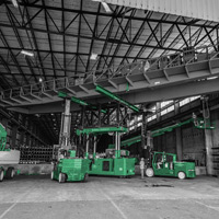 black and white and green thumbnail of Placing bridge crane on top of tri-lifter with versa lifts
