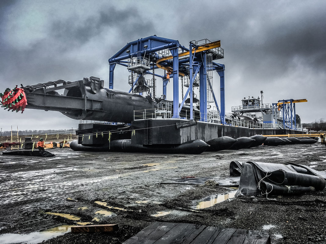 an enormous suction dredge in CalPortland's rockpit in Scappoose, Oregon