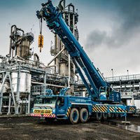 full color thumbnail of blue omega morgan crane at chemical plant in Longview, Washington
