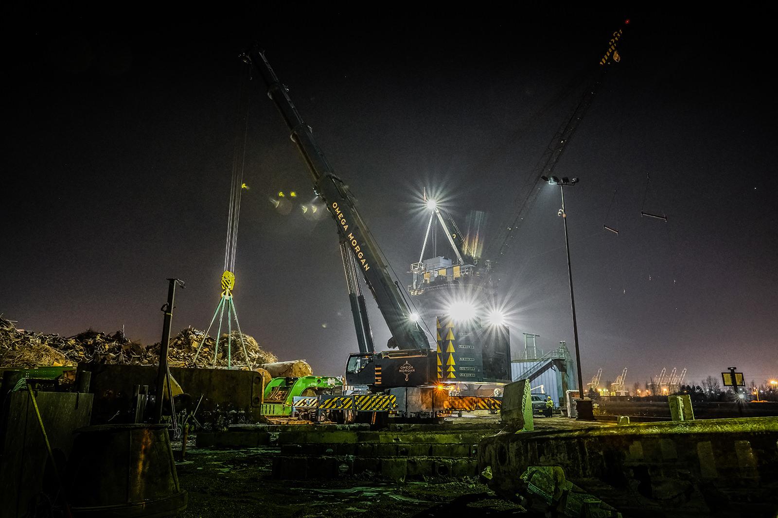 485 ton Liebherr hoisting 180,000 lbs. TBM