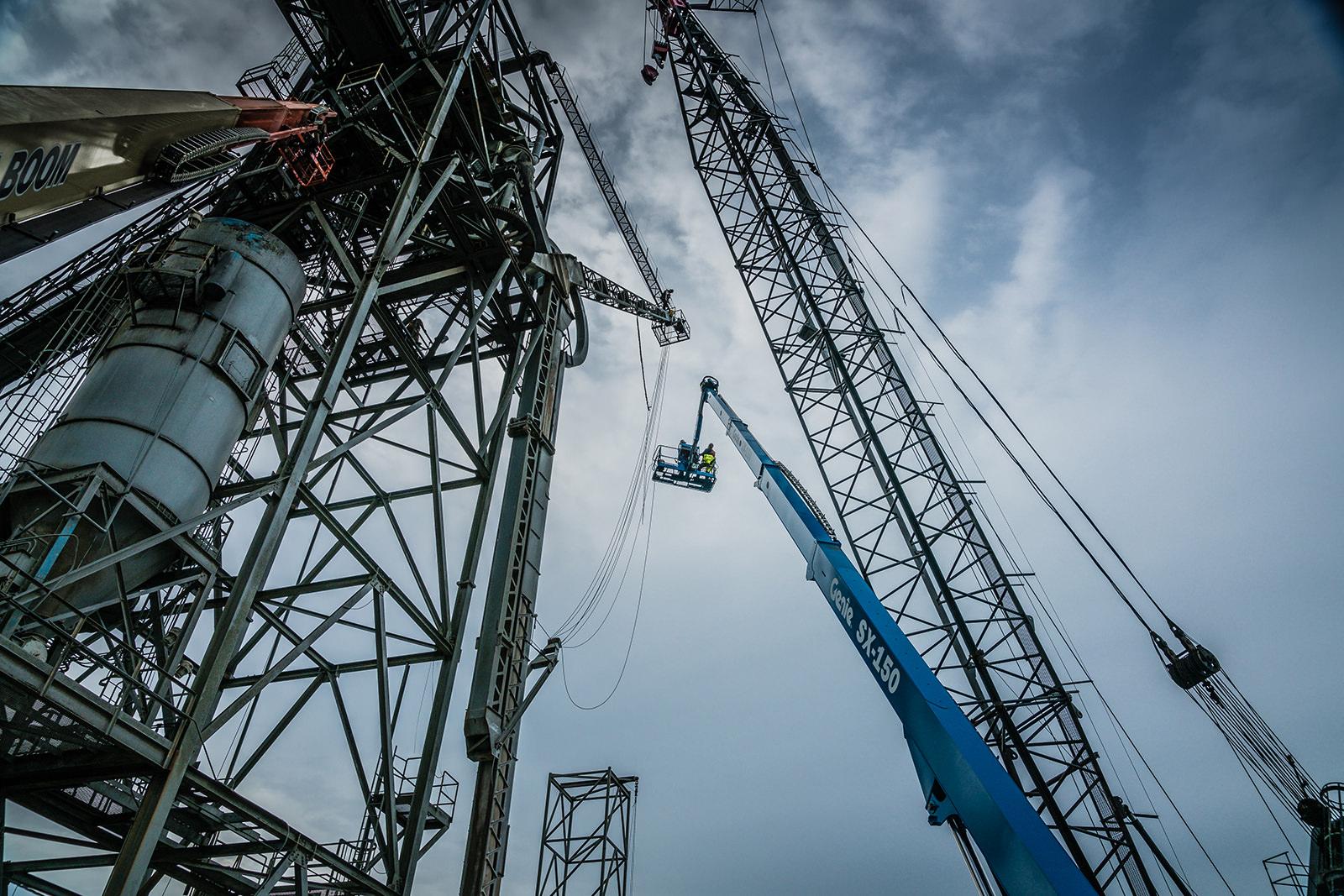 crane and crew doing emergency granary waterside dock repair