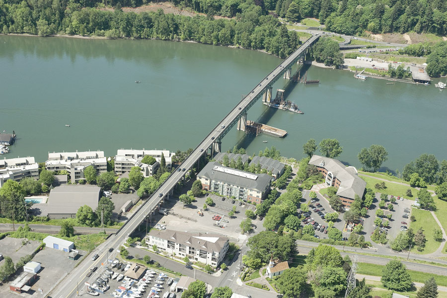 Arial view of the Sellwood Bridge.