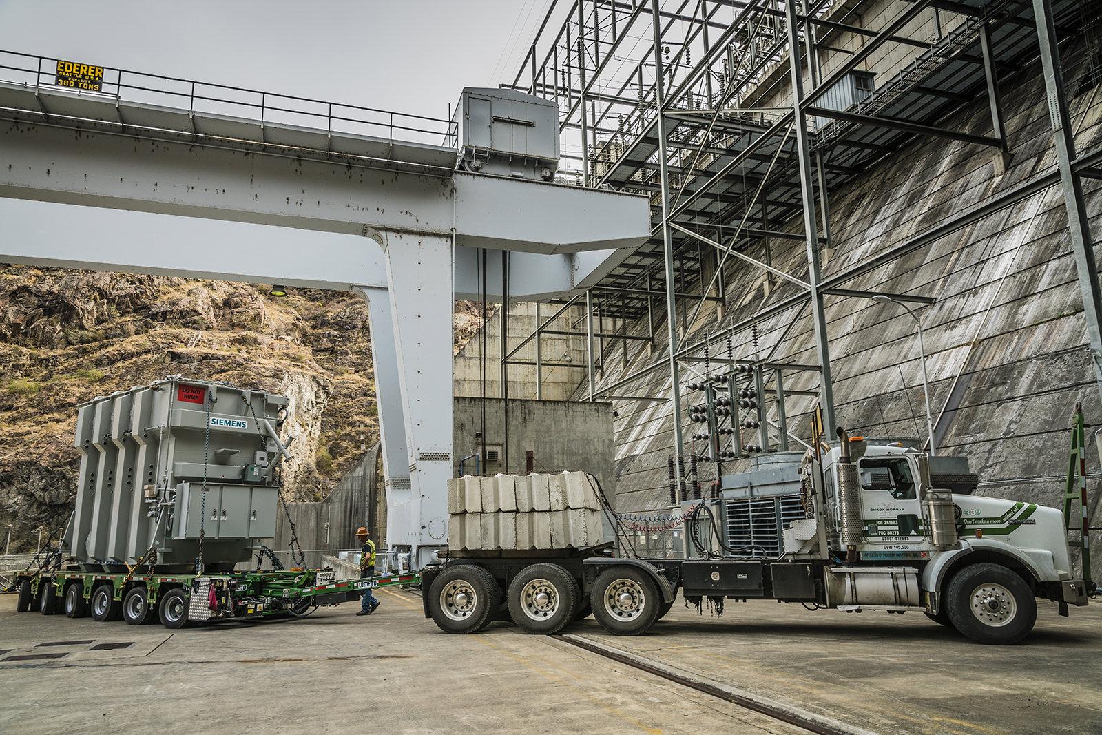 Delivering 200,000lb transformer